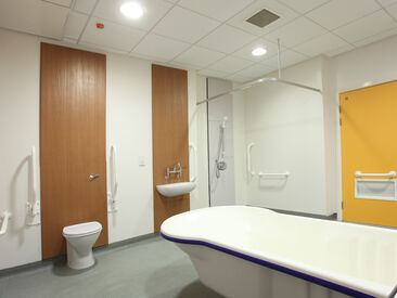3M Di-Noc used to refurbish doors, shower panels and vanity units in health care buildings