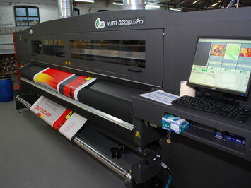 New Efi Vutek LED Roll-to-Roll Printer - 3M Approved