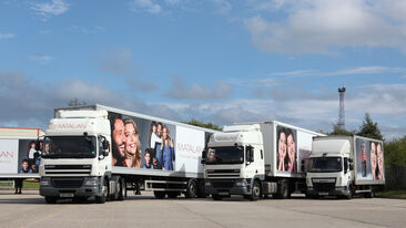 Traxx™ vehicle frame system used on Matalan truck advertising campaign