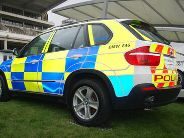 Conspicuity & batten bury livery on Police vehicle